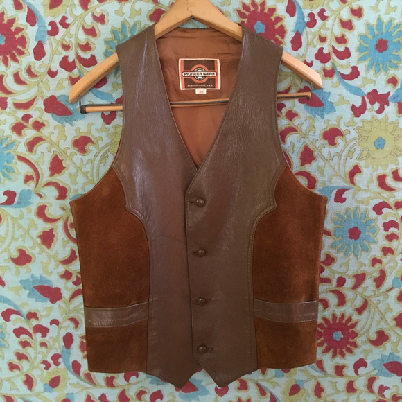 71f67895ee4 Vintage 70 s PIONEER WEAR Suede and Leather Vest. M 5c42163f9fe486e7d71cb73a